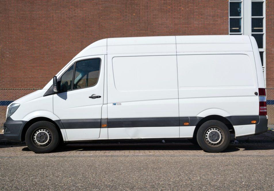 Katwijk,Aan,Zee,,The,Netherlands,-,June,29,,2019:,Mercedes-benz